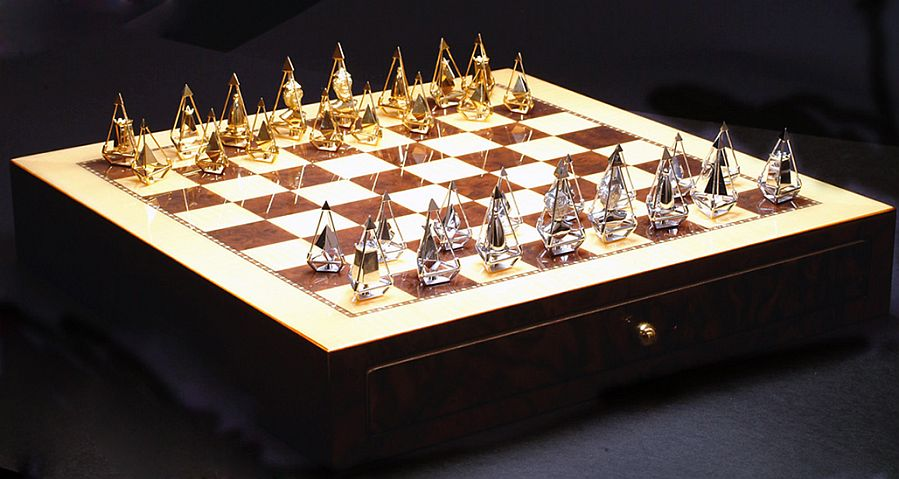 The Charles Hollander (Chess Set)