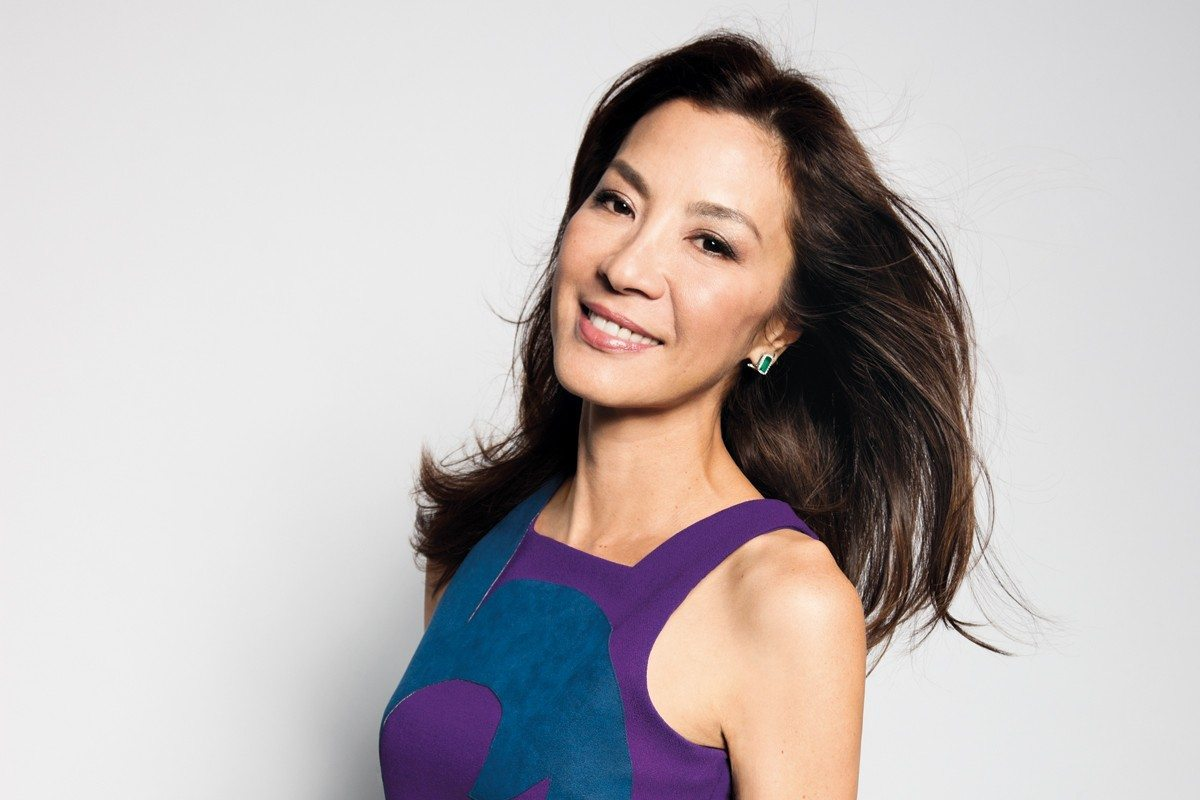 bond-girl-michelle-yeoh-1